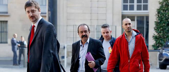Philippe Martinez arrive à Matignon avec sa délégation pour rencontrer Édouard Philippe vendredi 25 mai.