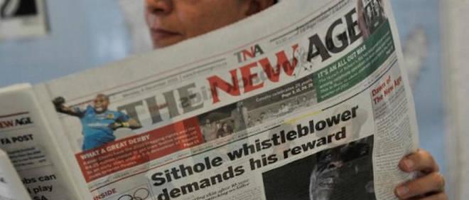 Une lectrice s'informe de l'actualité en Afrique du Sud.
