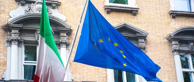 """""""Non seulement l'Italie n'a pas besoin de quitter l'euro pour retrouver des marges de manœuvre, mais son départ serait contre-productif du point de vue de sa souveraineté nationale"""". Illustration."""