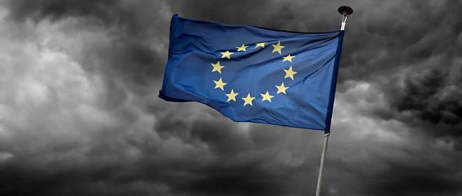 La Commission européenne a revu les critères de répartition de son fonds de cohésion. Elle tient désormais compte du taux de chômage chez les jeunes, du faible niveau d'éducation, des effets du changement climatique et de l'intégration des migrants.
