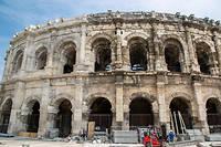 Travée après travée, le chantier de rénovation neutralise les infiltrations d'eau qui ont causé des dégâts importants aux pierres de l'édifice emblématique.