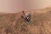 Autoportrait du robot Curiosity sur le plateau de Vera Rubin Ridge, obtenu le 4 février 2018.  ©