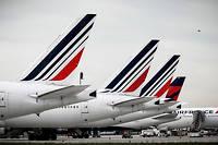 Les salariés d'Air France, consultés par référendum par la direction, ont rejeté sa proposition de hausse salariale (2% immédiatement et 5% sur 2019-2021), entraînant la démission du PDG (illustration).