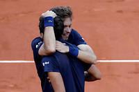 Ils sont les troisièmes Français à s'imposer en double messieurs à Paris dans l'ère Open.  ©THOMAS SAMSON