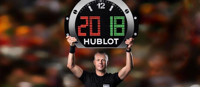 Björn Kuipers, arbitre de la Fifa. À son poignet, la Big Bang Referee 2018.