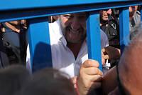 Le ministre de l'Intérieur italien, Matteo Salvini, au centre d'identification de Pozzallo, en Sicile, le 3 juin 2018. Le message de fermeté du patron de la Ligue s'adresse aussi à ses électeurs avant le second tour des municipales.