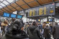 La gare Saint-Lazare à Paris est également ralentie par le mouvement de grève des cheminots.  ©Yann Castanier