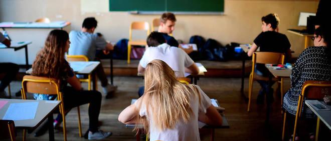 Le stress est à son comble pour les 537 000 élèves de premières générales et technologiques qui passent ce lundi leur première épreuve écrite du baccalauréat.