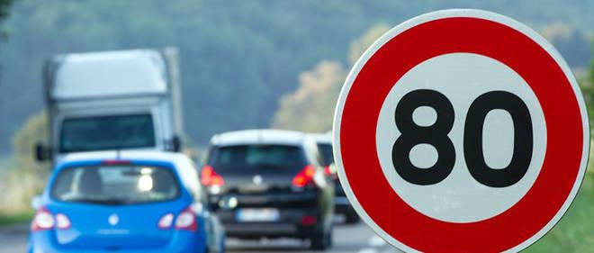 La « limitation générale sur l'ensemble du réseau routier procède d'une erreur d'appréciation », car « il y a une disproportion de la mesure par rapport aux routes secondaires », a expliqué sur Twitter le député de Lozère Pierre Morel-A-L'Huissier