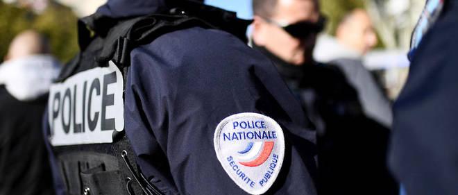 """Deux policiers convertis à l'islam viennent d'être révoqués pour """"prosélytisme décomplexé""""."""