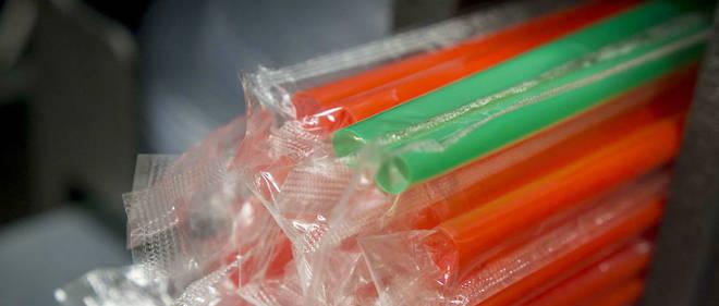 8429a48616cf68 Environnement   les pailles en plastique menacées d extinction - Le Point