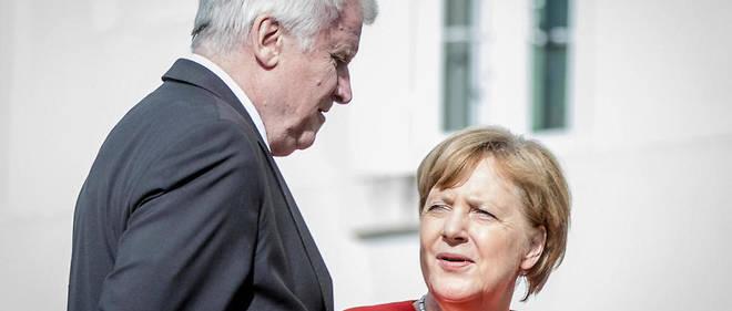 Pour Angela Merkel, laisser entrer Horst Seehofer dans la bergerie gouvernementale est une façon de le contrôler.