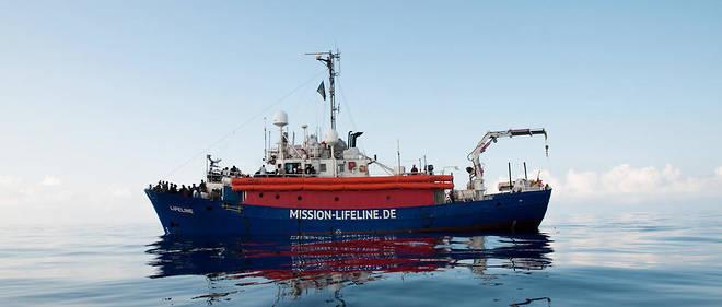 Le «Lifeline» est un navire de l'ONG allemande du même nom, mais il bat pavillon néerlandais.
