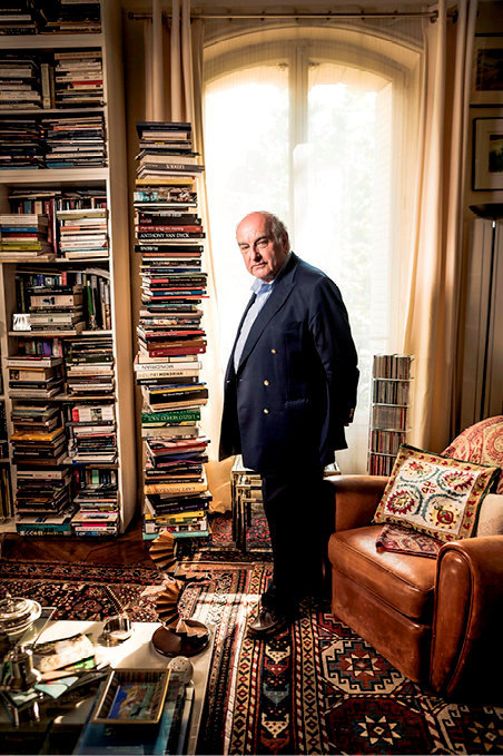Pilier de culture. Christian Monjou chez lui, à Paris, le 22mai.