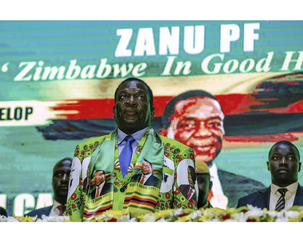 Le président Emmerson Mnangagwa le 4 mai dernier à Hararé lors du lancement officiel de sa campagne pour la présidentielle. ©  JEKESAI NJIKIZANA / AFP