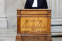 Dans un livre, un avocat se pose la question de la place de l'homme et de la femme dans la justice du futur (Photo d'illustration).  ©Stephane AUDRAS/REA