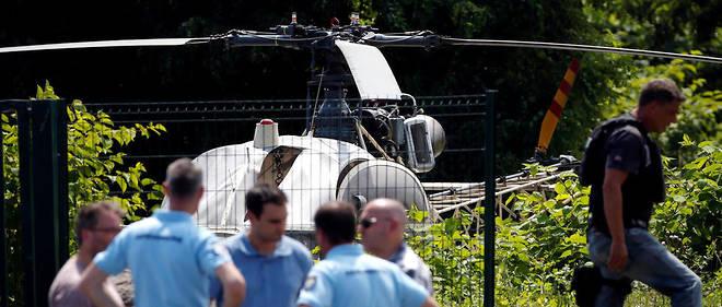 L'hélicoptère avec lequel Redoine Faïd est parvenu à s'évader de la prison de Réau a été retrouvé à Gonesse au nord de Paris.
