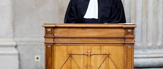 Travaille-t-on trop dans les cabinets d'avocats parisiens ?