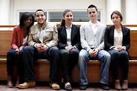 En 2012, quatre étudiants entrés à Science po via les Conventions éducation prioritaire, mise en place en 2001 par Richard Descoings. A gauche leur