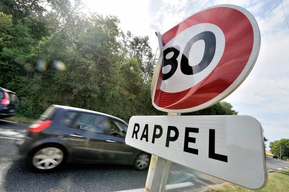 Deterioration panneaux vitesse 80 km/h RN 151 © Jrmie FULLERINGER Jrmie FULLERINGER / MAXPPP / PHOTOPQR/L'YONNE REPUBLICAINE