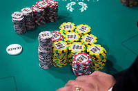 Le Vietnam se met au poker.