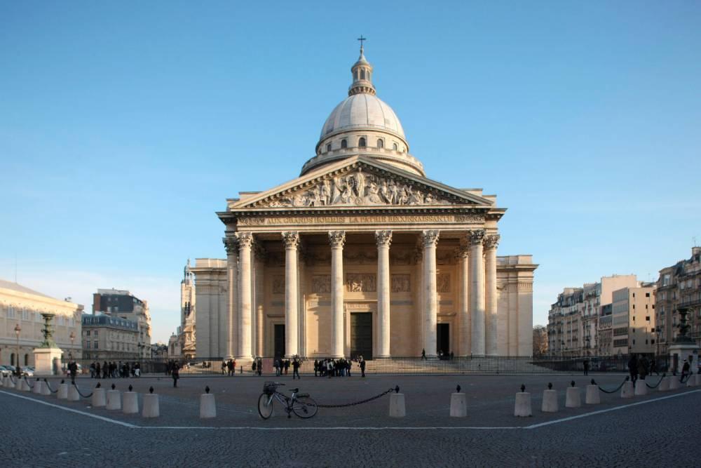 Place du Panthéon © Photo12 Photo12 / Gilles Targat / Photo12