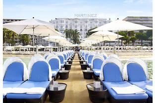 À quelques heures de l'inauguration du 70e Festival de Cannes, le Martinez a rouvert ses portes après six mois de travaux.