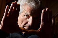 Le cinéaste Claude Lelouch devient officier de la Légion d'honneur.