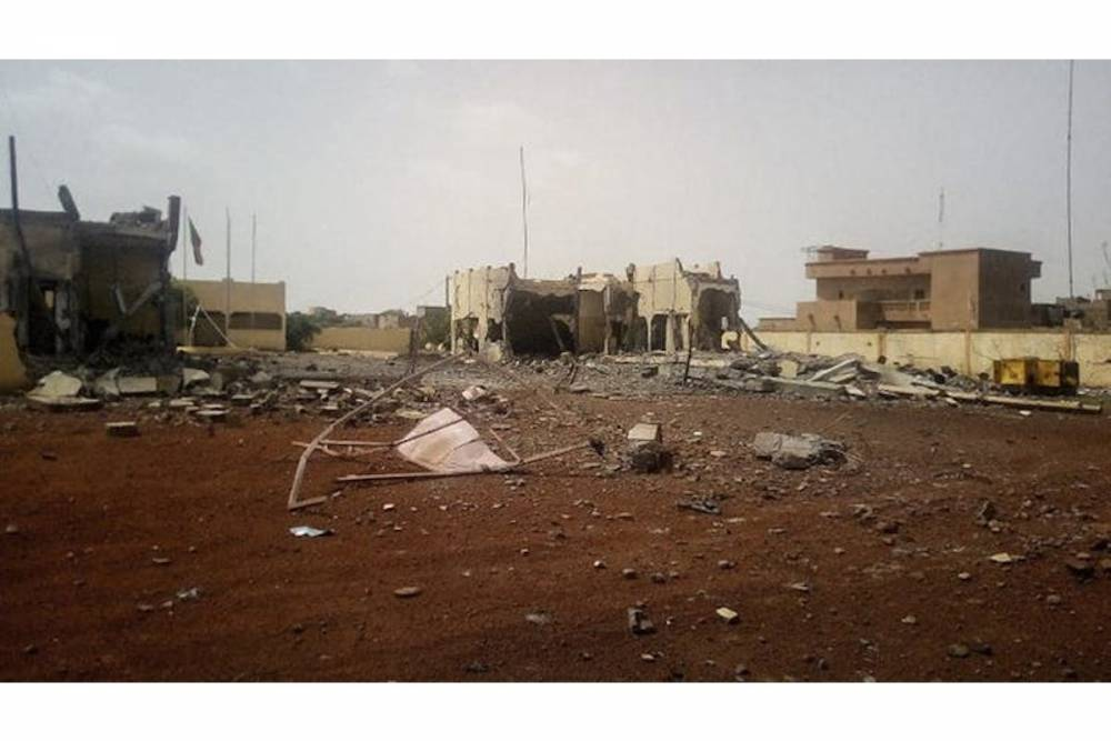 Attentat contre le QG de la force du G5 Sahel à Sévaré, au Mali, le 29 juin 2018.  ©  AFP