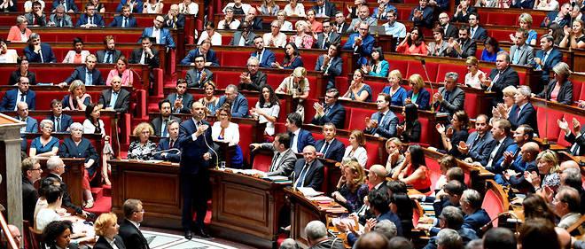 Le premier ministre Édouard Philippe a répondu aux questions des députés le 24 juillet. Une motion de censure a été déposée contre son gouvernement dans le cadre de l'affaire Benalla.
