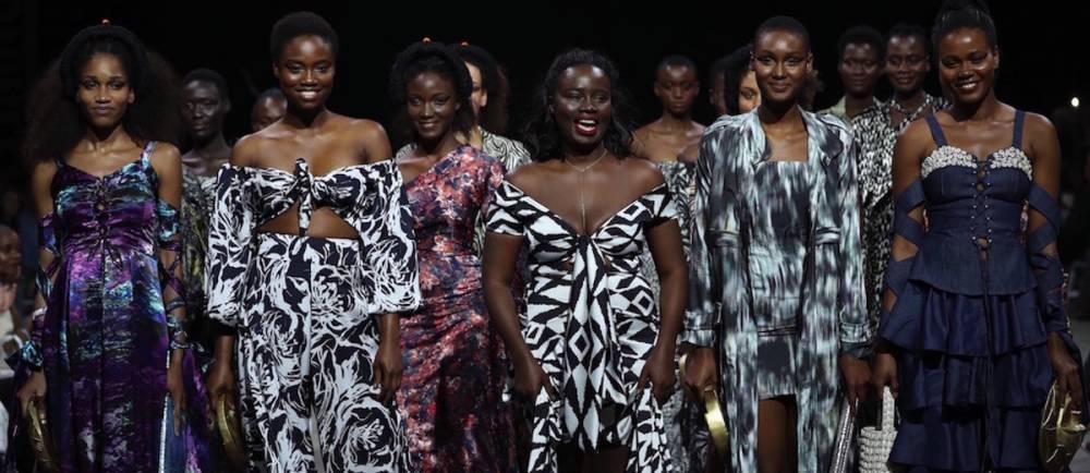 Au milieu Sarah Diouf lors de la dernière Cape Town Fashion Week. ©  African Fashion International
