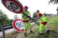 La décision du Conseil d'État pourrait conduire à redémonter les panneaux. Mais les 90 km/h ne doivent pas êrte bien loin !  ©Herv KIELWASSER