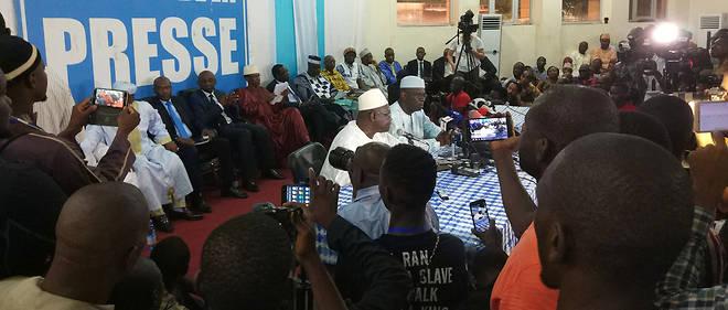 La conférence des opposants s'est tenue à la Maison de la Presse.
