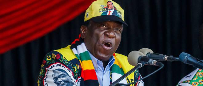 Emmerson Mnangagwa succède à Robert Mugabe non plus par un coup d'État qui ne dit pas son nom, mais par une élection vivement contestée par l'opposition.