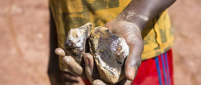 Malgre sa suspension du processus de Kimberley contre le trafic de minerais du sang, la Centrafrique fait circuler ses diamants.