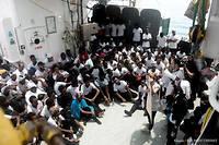 Des migrants sauvés au large des côtes libyennes à bord du bateau humanitaire l'«Aquarius».