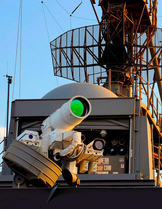Implacable. Le canon laser embarqué à bord de l'«USS Ponce» peut neutraliser une cible à la vitesse de la lumière.