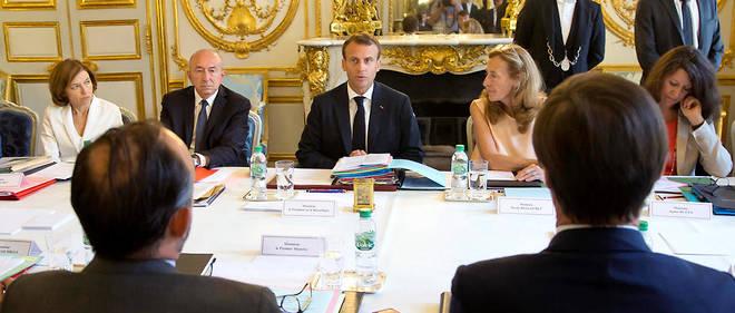 f110982d0ff Emmanuel Macron à ses ministres   « On ne lâche rien » - Le Point