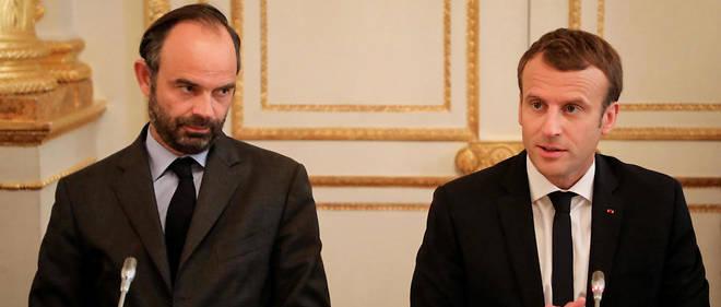 Édouard Philippe et Emmanuel Macron ont connu une chute de popularité au cours de l'été.