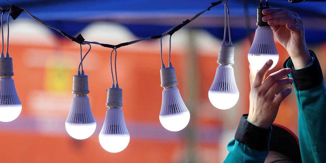 Signe Fin Halogènes Nouvelle Des La Ère Ampoules Début Le D'une QeCoWErxdB