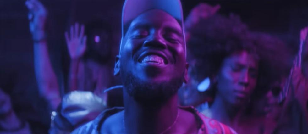 <p>Kiddy Smile dans le clip de Be Honest.</p>