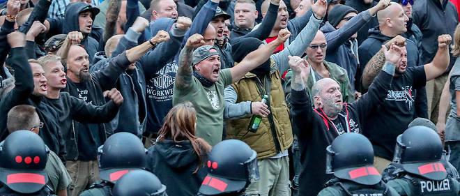 Le 27 août dernier, l'extrême droite a battu le pavé à Chemnitz avec des sympathisants de l'AfD à ses côtés.