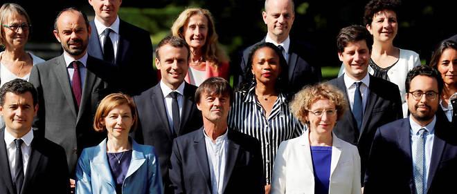 Emmanuel Macron et ses ministres le 22 juin 2017. À ses côtés, Nicolas Hulot et Laura Flessel ont démissionné un peu plus d'un an plus tard.