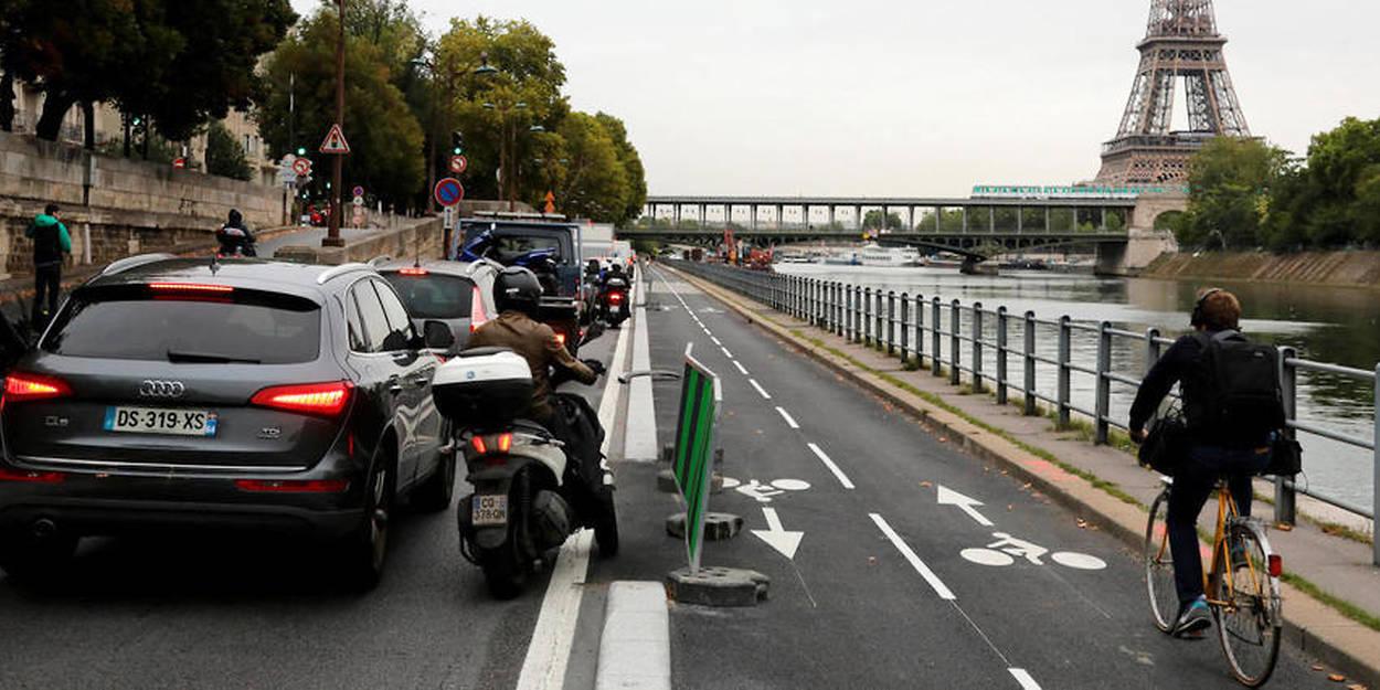 Paris Voitures Et Scooters Bientot Traques Sur Les Pistes Cyclables Automobile