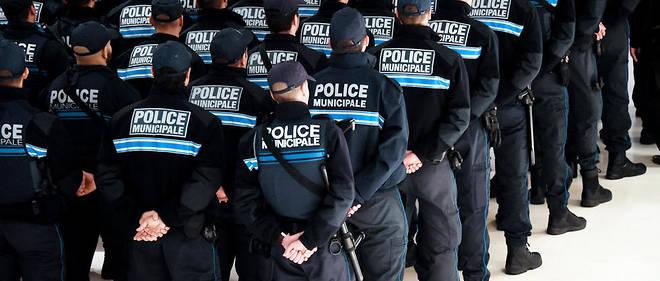 44 % des effectifs de la police municipales sont déjà équipés d'une arme à feu.