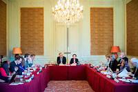 Réunion de travail de la Commission sur l'information et la démocratie, mardi 11 septembre.