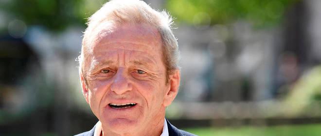 L'ancien maire de Grenoble et ancien ministre Alain Carignon veut revenir en politique.