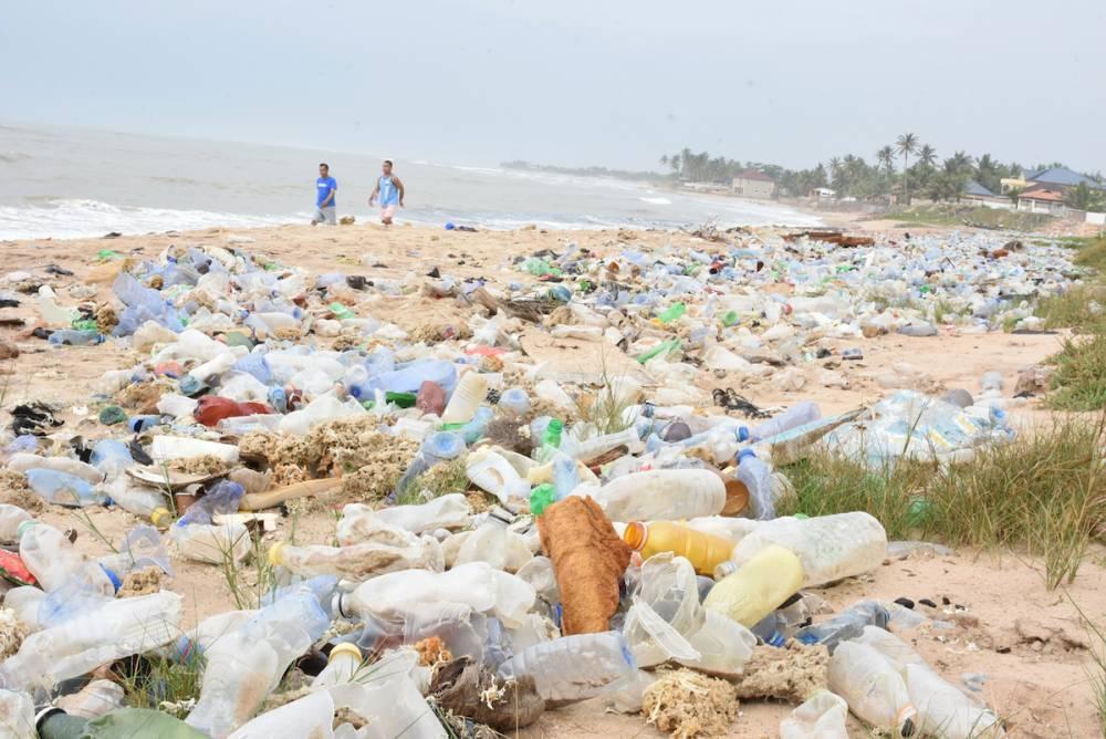 Les déchets plastiques.  ©  Justine Boulo