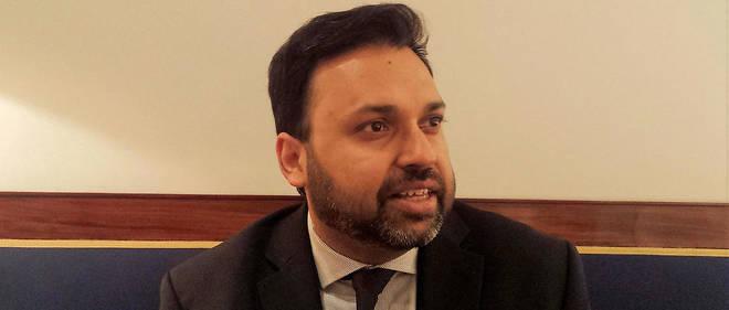 Ce médecin d'origine pakistanaise raconte dans son livre comment il est devenu sceptique : «Cela n'avait rien d'un moment politique. (...) Ce fut quelque chose de simple, humain, de bon sens.»