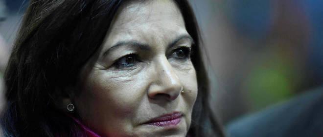 À 18 mois des municipales, Anne Hidalgo enregistre les défections.